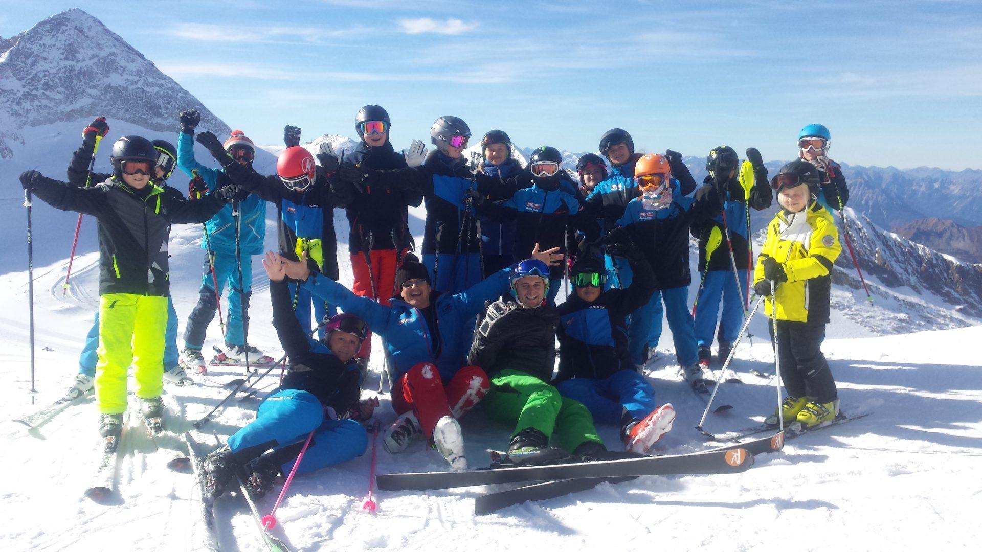 Racing Team: Saisonstart Am Hintertuxer Gletscher